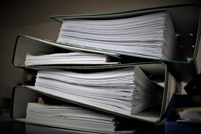 ¿Cuál Es La Diferencia Entre La Administración Formal Y La Administración De Sumario?