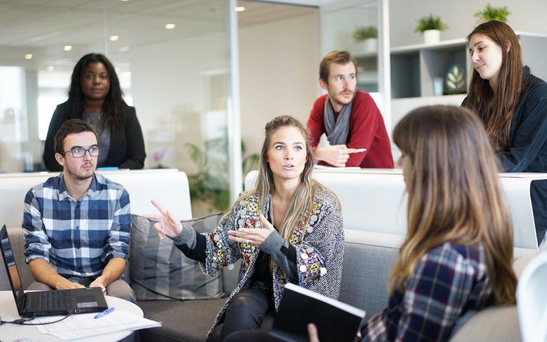 La Distinción Entre Empleados Y Contratistas Independientes